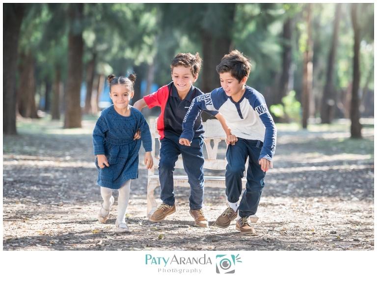 Sesión de fotos de niños corriendo en León, Gto.