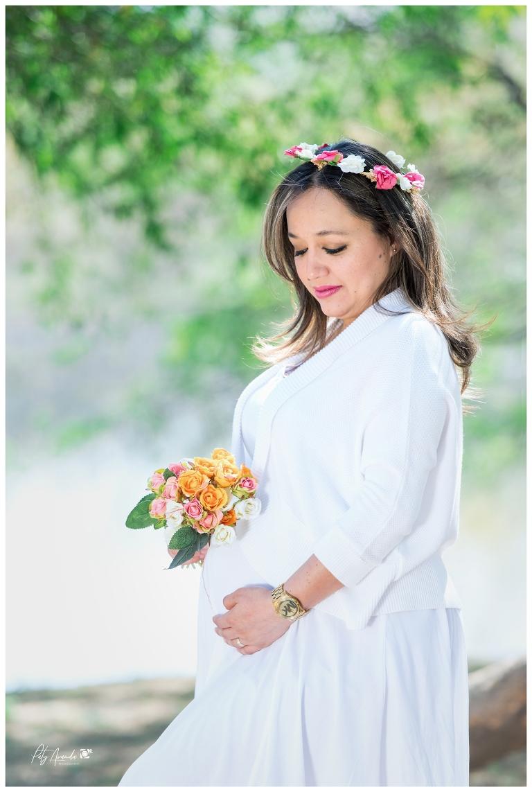 Fotografía de embarazo al aire libre en León, Gto.